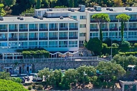 Invia – Hotel Adriatic -Dubrovník,