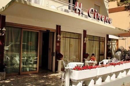 Invia – Hotel Cirene,
