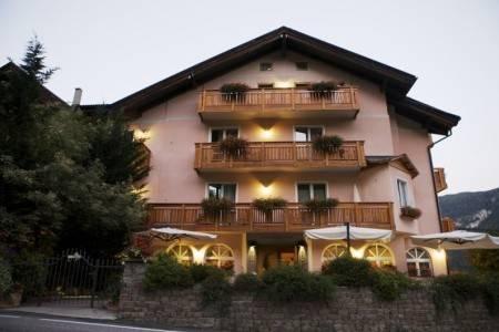 Invia – Hotel Family Michela Pig – Malé, Dolomiti Brenta (Val di Sole)
