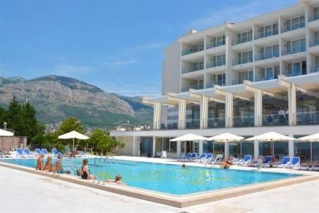Invia – Hotel Princess – Dotované Pobyty 50+, Bar