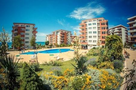 Invia – Marina View Fort Beach, Sveti Vlas