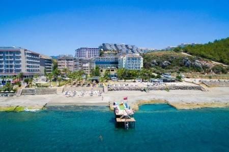 Invia – Nox Inn Beach Resort,