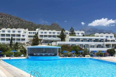 Invia – Sunshine Creta Beach,