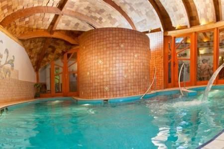 Invia – Bükfürdö, Hotel Piroska **** 5 Dní/4 Noci, Maďarsko