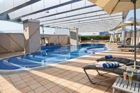 Invia – City Seasons Hotel Dubai,