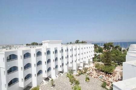 Invia – Continental Palace Hotel, Kos