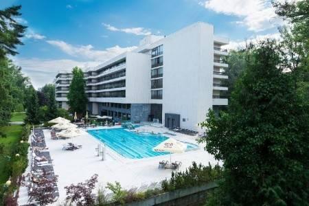 Invia – Danubius Spa Resort Esplanade – Pokoje Esplanade, Západné Slovensko