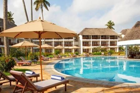Invia – Double Tree By Hilton Zanzibar, Zanzibar