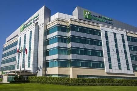 Invia – Holiday Inn Express Dubai Airport,