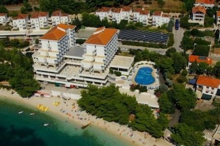 Invia – Hotel Labineca, Gradac