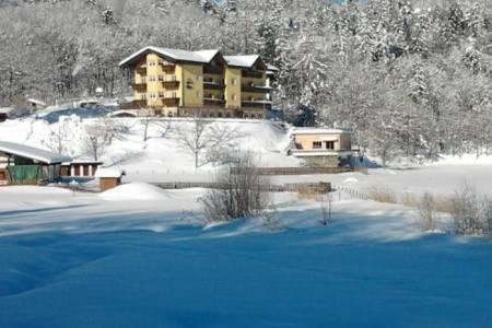 Invia – Hotel Al Lago ***, Folgaria / Lavarone