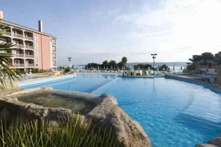 Invia – Hotel Aquapark Žusterna,