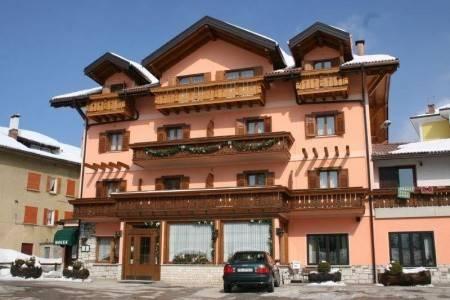 Invia – Hotel Da Villa, Folgaria / Lavarone