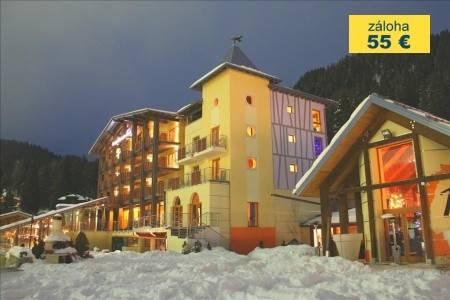 Invia – Hotel Design Oberosler, Madonna di Campiglio / Pinzolo