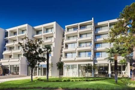 Invia – Hotel Donat, Chorvátsko