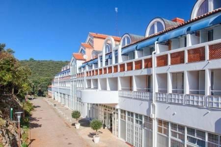 Invia – Hotel Duga Uvala,
