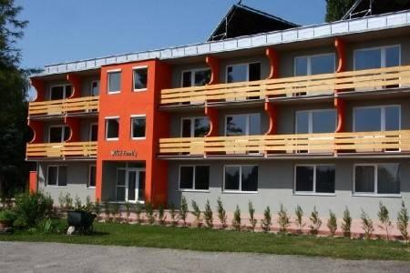 Invia – Hotel Family Olive, Južné Slovensko