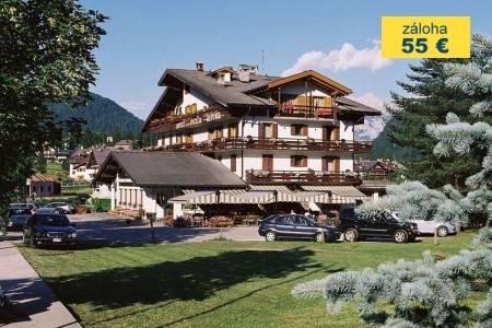 Invia – Hotel Stella Alpina, Tre Valli