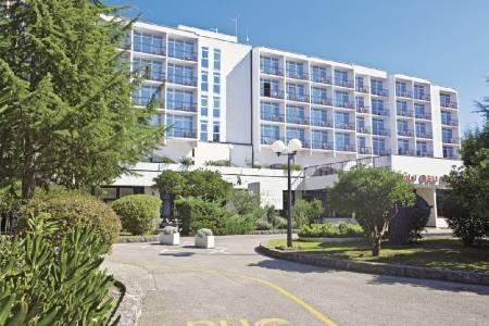 Invia – Hotelanlage Beli Kamik,
