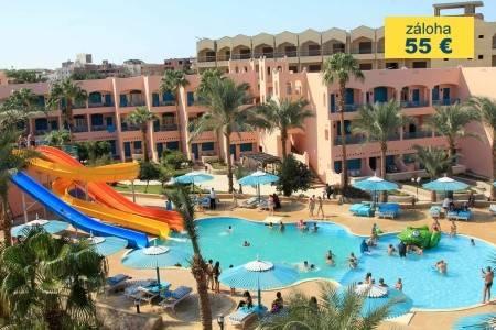 Invia – Le Pacha Resort,