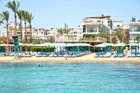 Invia – Minamark Beach Resort, Hurghada