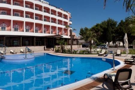 Invia – Hotel Miramare, Chorvátsko