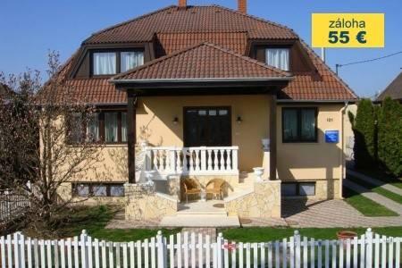 Invia – Penzion Szanyi,