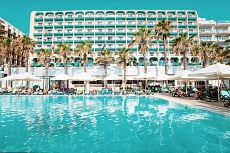 Invia – Qawra Palace Hotel, Malta