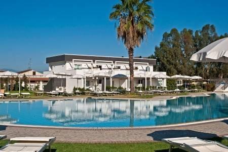 Invia – Salice Club Resort, Kalábria