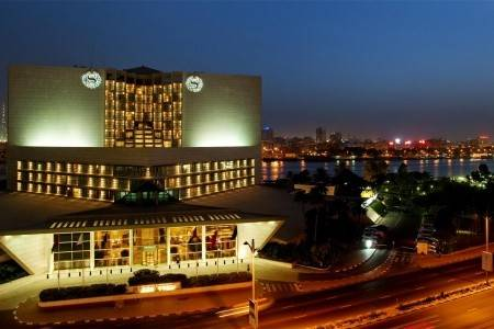 Invia – Sheraton Dubai Creek Hotel & Towers, Doubletree By Hilton Resort & Spa Marjan Island,