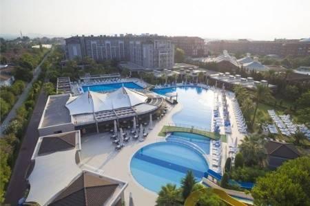 Invia – Sunis Elita Beach Resort Hotel & Spa,