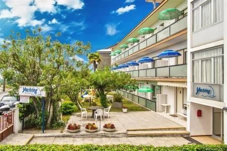 Invia – Villa Yachting,