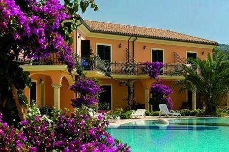 Invia – Villaggio Hotel San Giuseppe, Kalábria