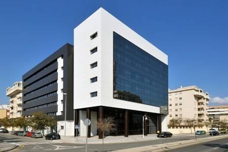 Invia – Vincci Málaga Hotel,
