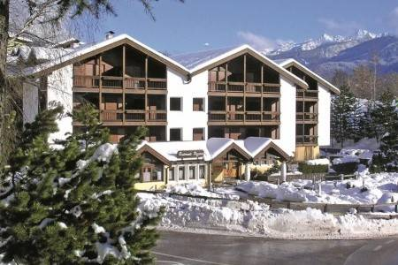 Invia – Aparthotel Des Alpes,