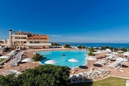 Invia – Bagaglino Resort La Plage Noire,