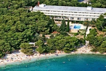 Invia – Bluesun Hotel Maestral,