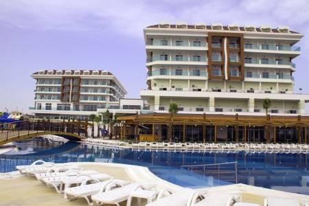 Invia – Hotel Adalya Ocean Deluxe, Antalya