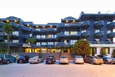 Invia – Hotel Mediterranean Resort, Chalkidiki