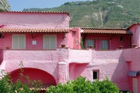 Invia – Hotel Penzión Casa Nicola, Ischia