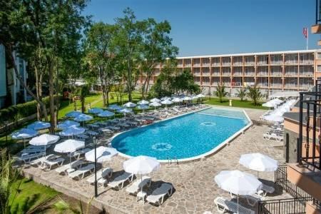 Invia – Hotel Riva,