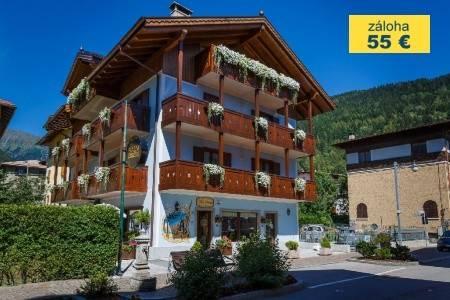 Invia – Hotel Villa Lucin***, Dolomiti Brenta (Val di Sole)