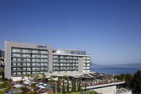 Invia – Radisson Blu Resort Split, Split