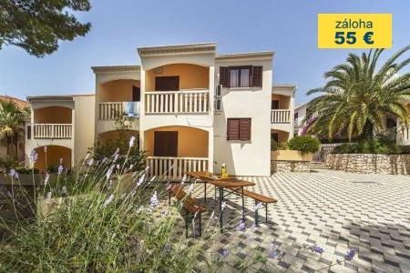 Invia – Beach Apartments Lavica,