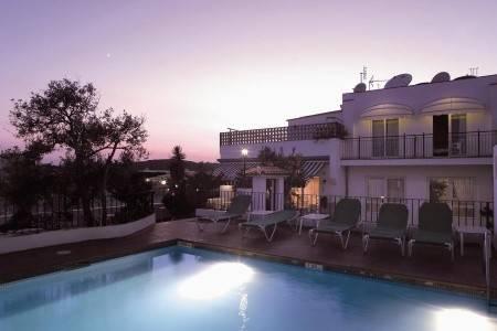 Invia – Hotel Ninays – Lloret De Mar,