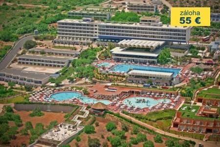 Invia – Royal Belvedere Hotel,
