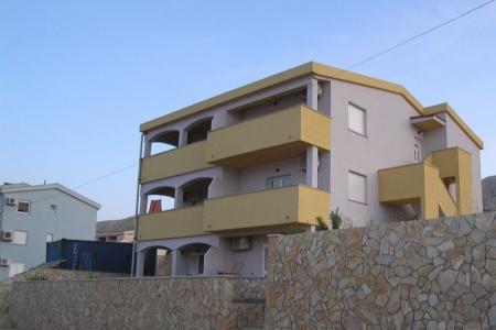 Invia – Apartmány 1346-56,