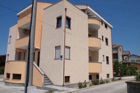 Invia – Apartmány Lotos, Zadar