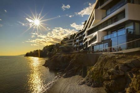 Invia – Design Hotel Navis,