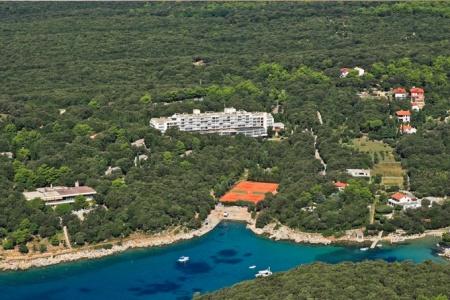 Invia – Eva Sunny Hotel & Residence By Valamar,
